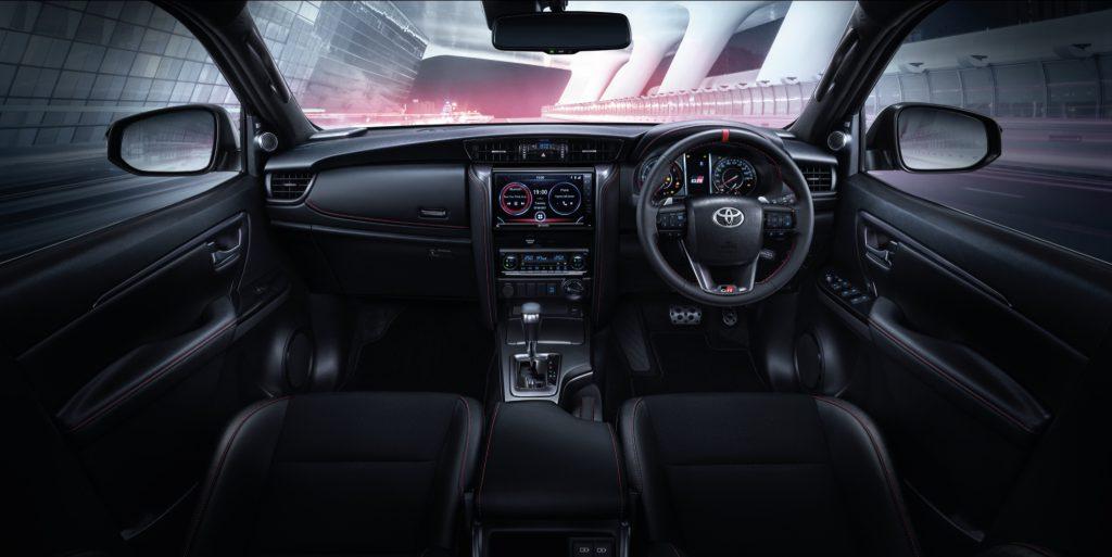 ภายใน-interior-toyota fortuner gr sport-รถยนต์โตโยต้า ฟอร์จูนเนอร์ จีอาร์ สปอร์ต